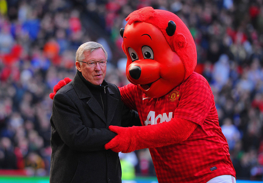 8 football clubs that have prominent mascots