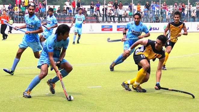 Fiesty India overwhelm Malaysia 4-2 to keep final hopes alive in the 4th Sultan of Johor Cup