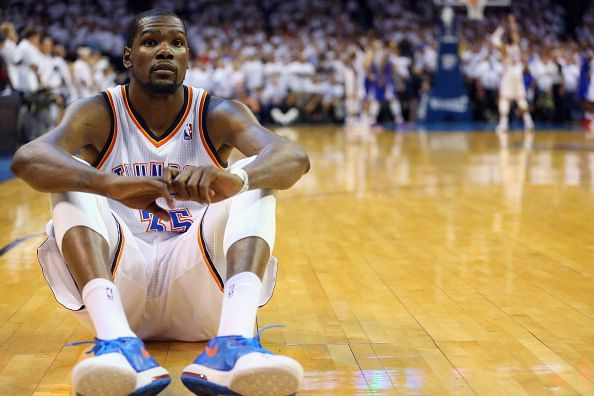 Kevin Durant has successful surgery on broken foot