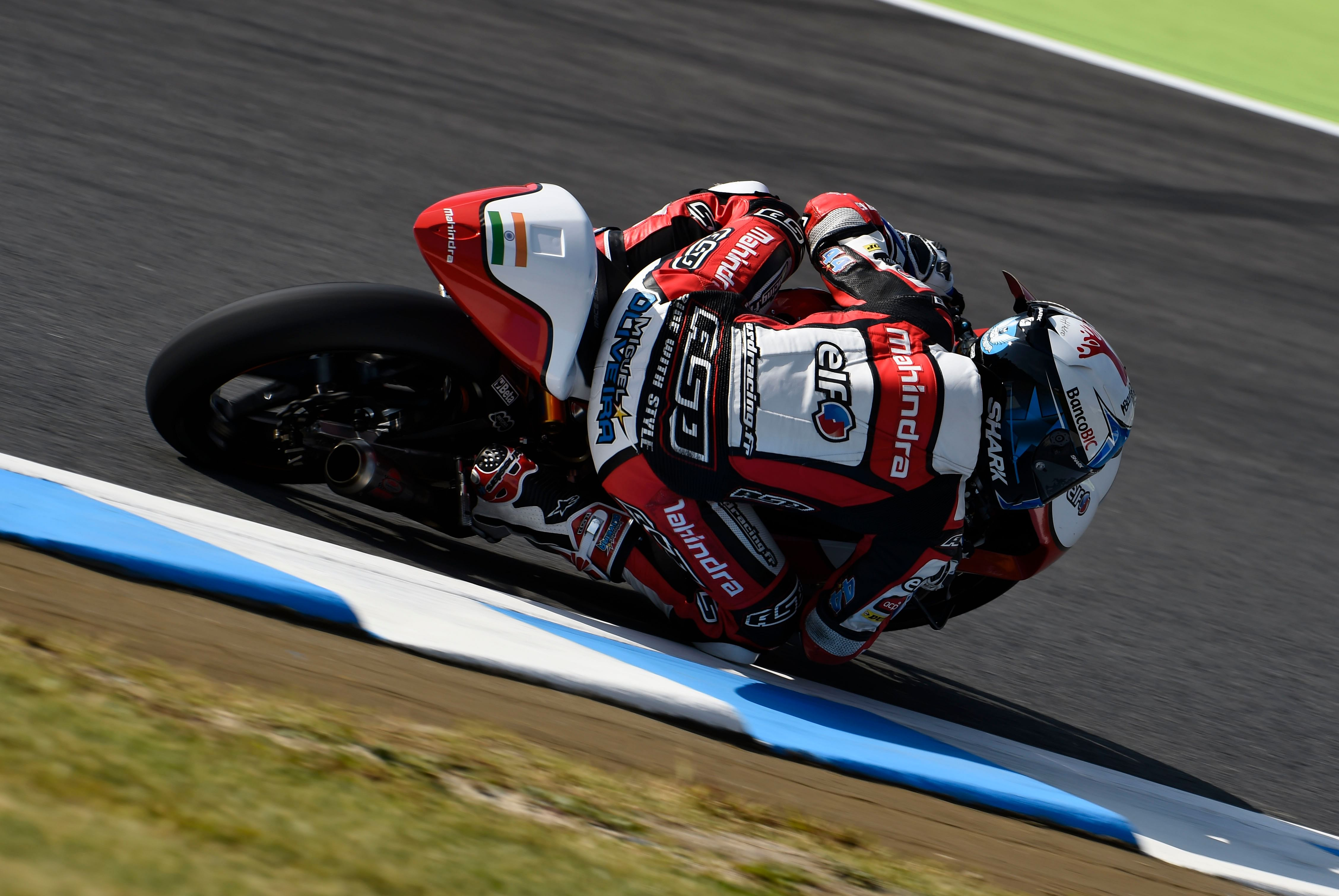 Mahindra on podium, but disappointment for official team riders