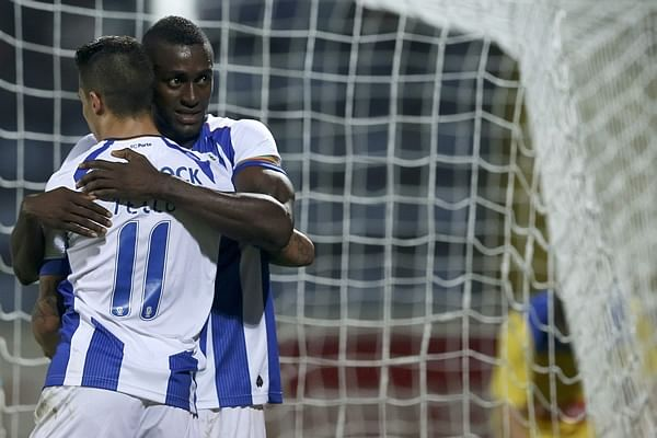 FC Porto slam Arouca 5-0