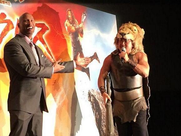 Wrestling legend confronts The Rock in Tokyo