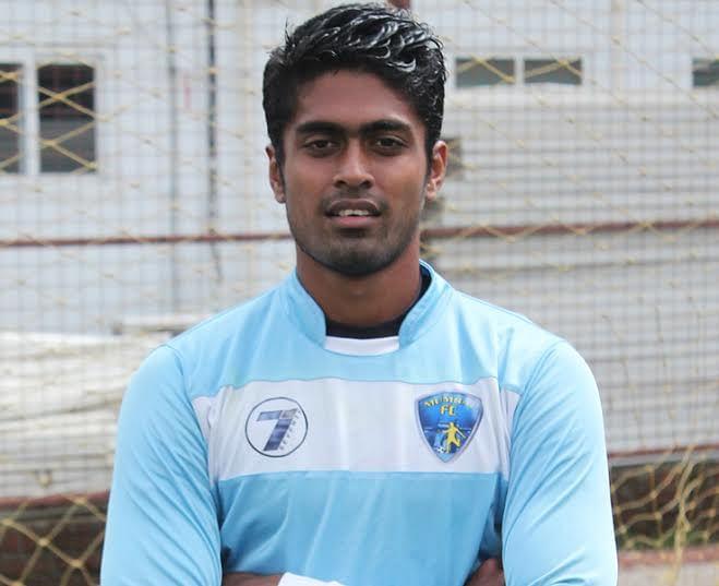 Mumbai FC extend contracts of Sanjiban Ghosh and Ritesh Perambra