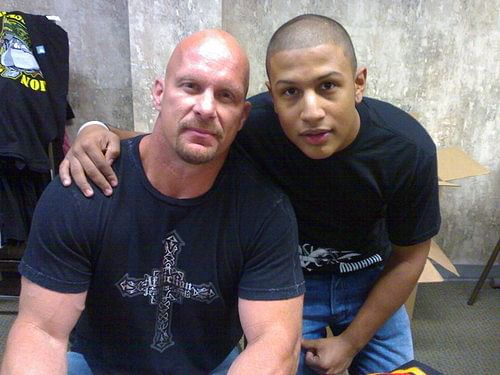 Stone Cold reveals how he deals with fans outside the ring