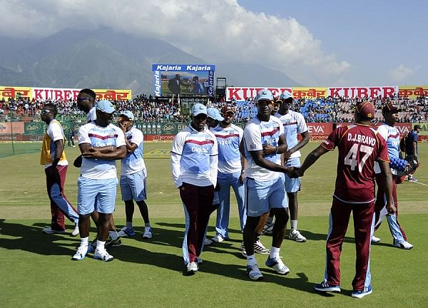 'Form CARICOM panel to solve Windies contract dispute'