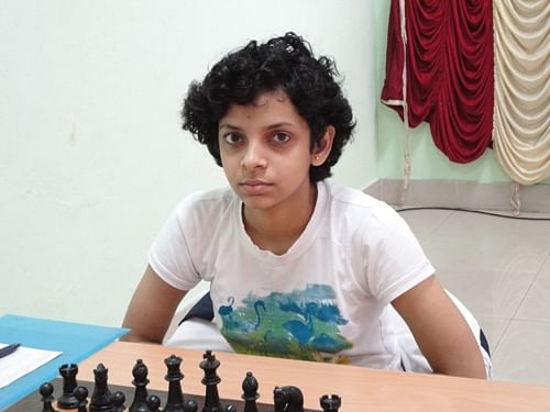 Padmini Rout beats Iona Gelip in junior chess