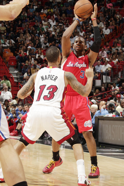 LA Clippers down Wade-less Miami Heat