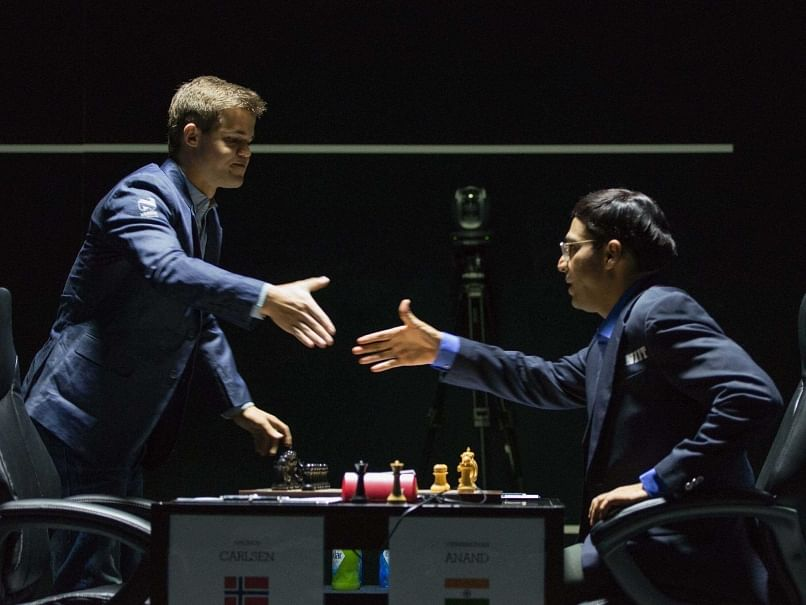 World Chess Championship 2014: Magnus Carlsen holds Viswanathan Anand easily to a draw in game 8