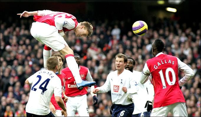 Top 10 headed goals in the Premier League in recent years