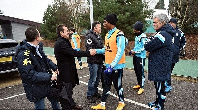 Brazil coach Dunga meets Jose Mourinho and Chelsea players in London