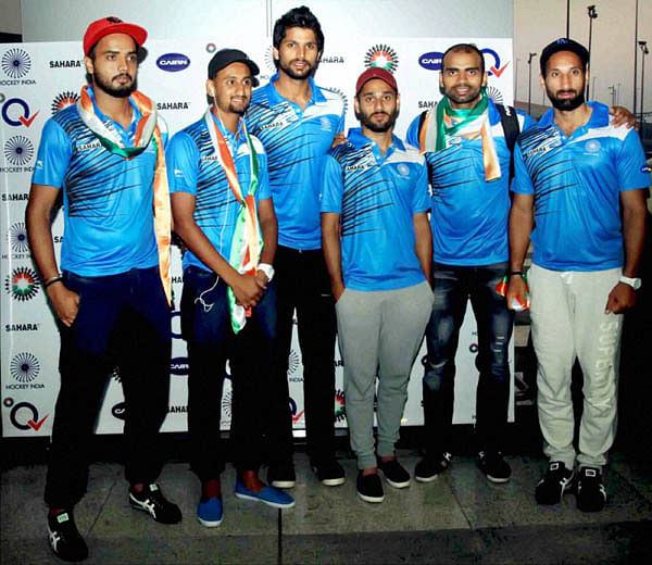 It's not cricket - No grand welcome for Indian hockey team