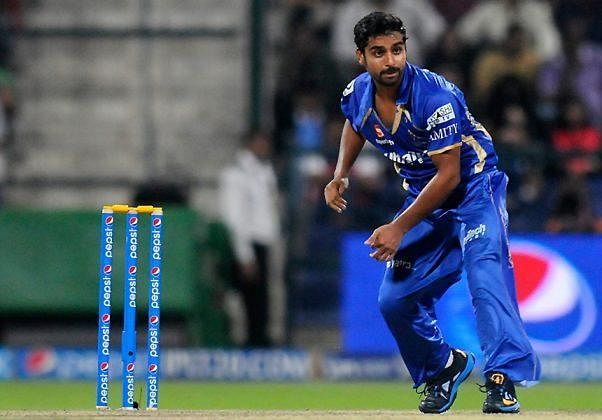 IPL 2015 trading window: Royal Challengers Bangalore acquire Iqbal Abdulla from Rajasthan Royals