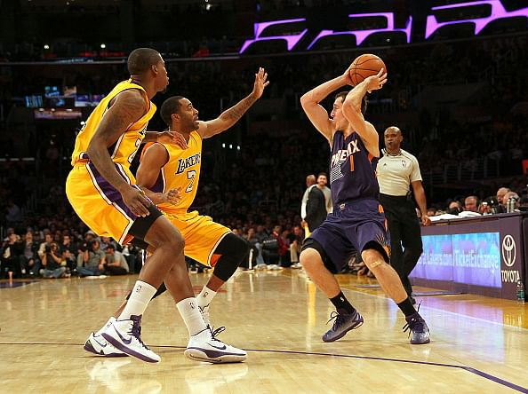The Lakers are getting closer for their first win