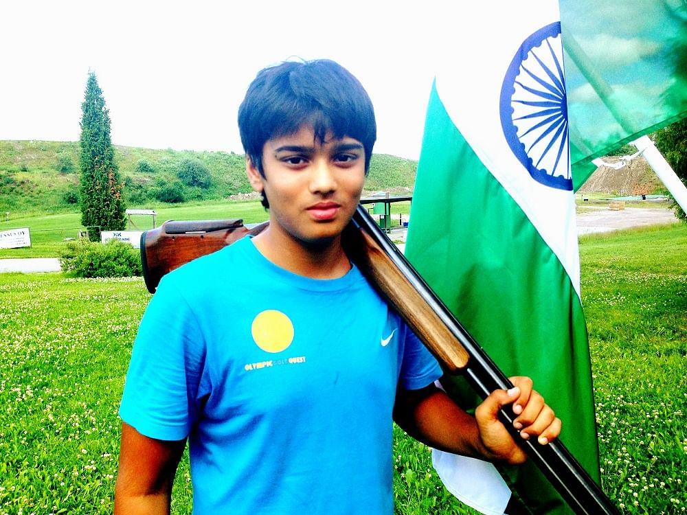 Manavaditya Rathore shoots gold in the Asian Shotgun Championships