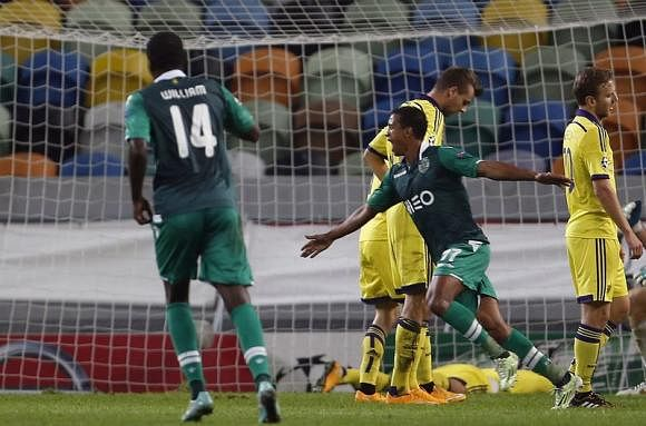 Video: Nani's spectacular goal against Maribor in the Champions League