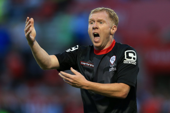 Video: Paul Scholes reacts brilliantly to Liverpool fans serenading him