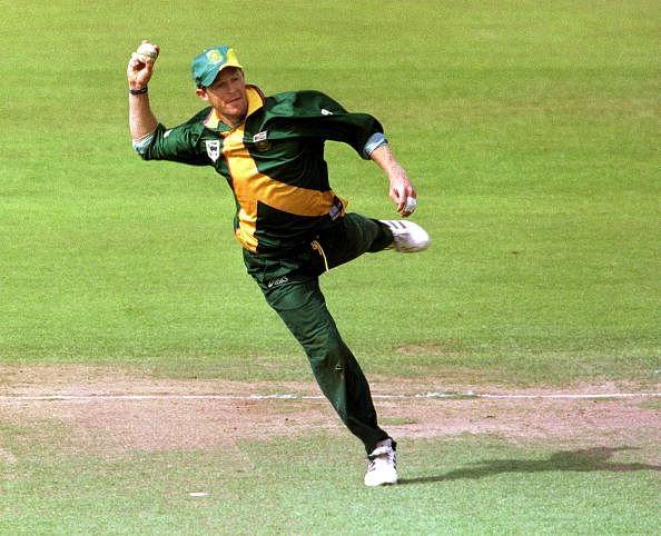 10 best run-outs in cricket - Slide 10 of 10