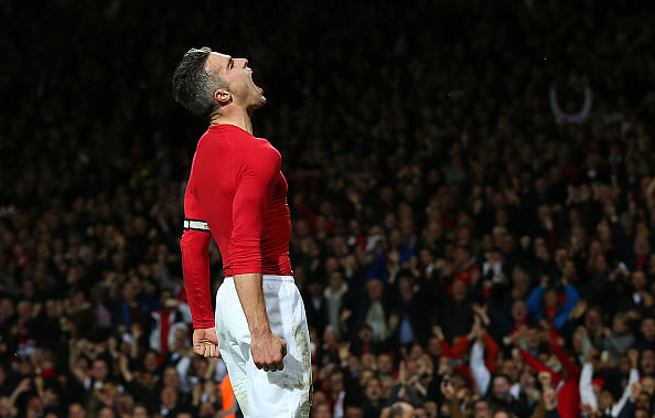 Reports: Manchester United to offer new contract to Robin van Persie in January