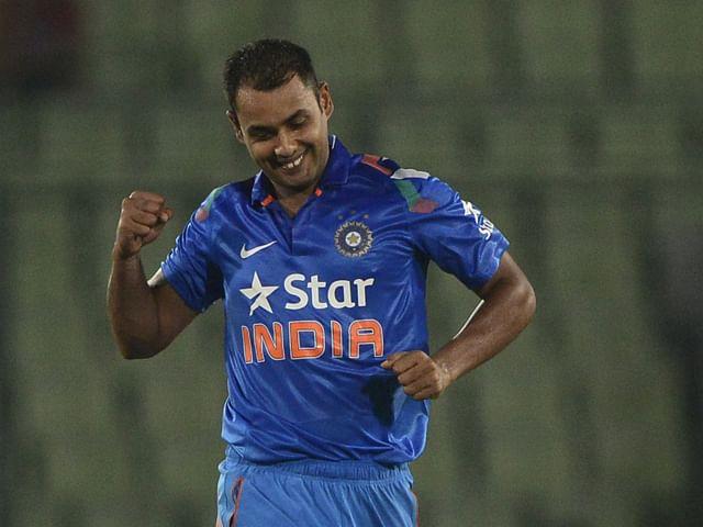 India vs Sri Lanka 2014: Stuart Binny replaces injured Varun Aaron for 2nd and 3rd ODIs