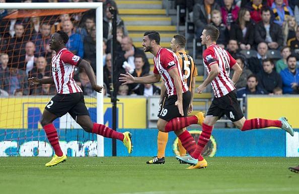 Video: Southampton's Victor Wanyama scores 40-yard stunner against Hull City