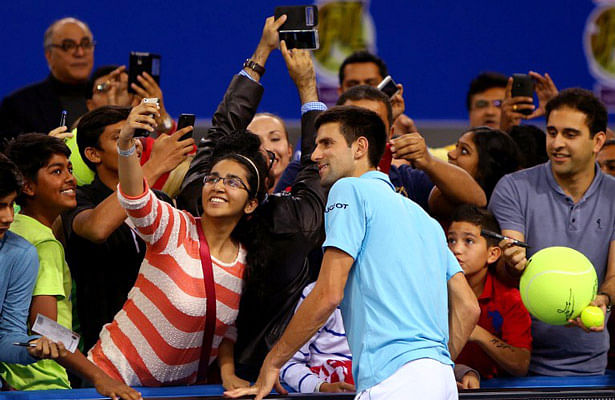Thousands turn out to watch top tennis stars at the Coca-Cola IPTL presented by Qatar Airways