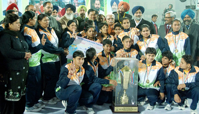 Indian men and women win World Kabaddi titles