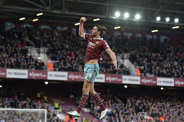 Soaring Andy Carroll galvanizes West Ham to push into third spot in Premier League