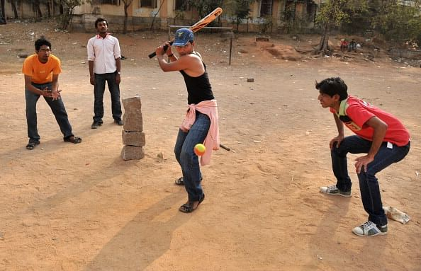 Learning to play straight, in the Gully: A comprehensive guide to gully cricket in India
