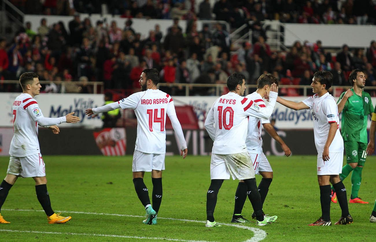 Video: Liverpool loanee Iago Aspas scores a hat-trick for Sevilla in four minutes