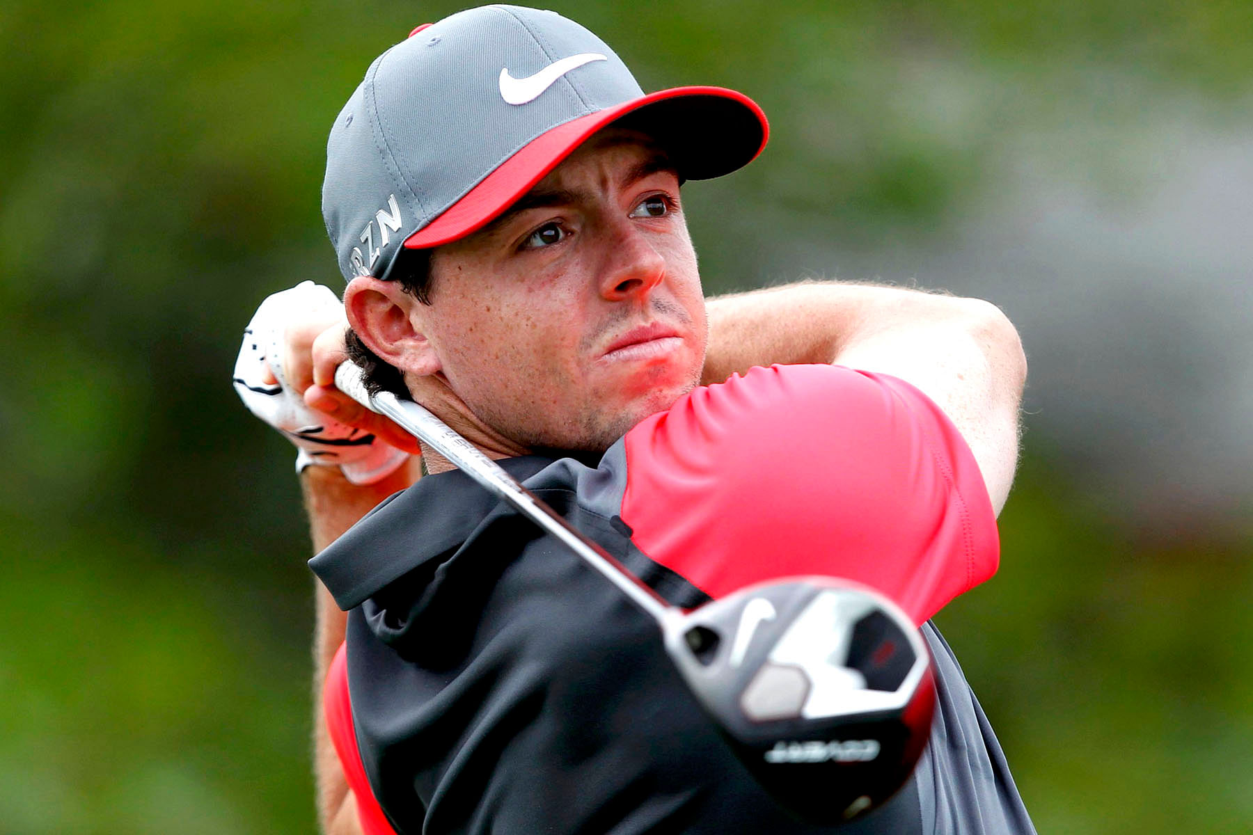 Rory McIlroy wins European Tour Player of Year award