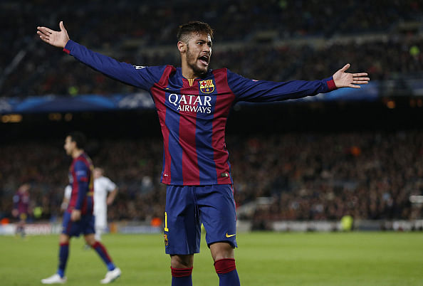 Neymar sued by Santos supporter for joining Barcelona