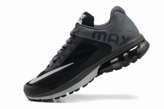 Nike Air Max Excellerate  Running Shoes