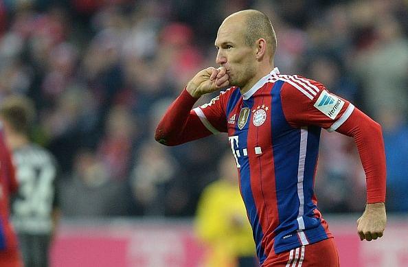 Bundesliga: Bayern Munich keep up pace, Augsburg suffer setback
