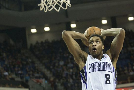 Rudy Gay signs an extension with the Sacramento Kings