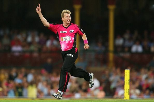 Brett Lee announces retirement from competitive cricket