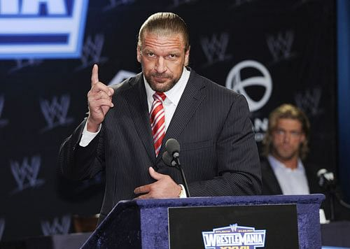 Triple H Tweets About WrestleMania 32, Photo from AT&T Stadium, Riley May Enter Rumble.