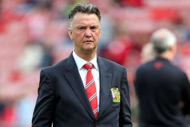 Three mistakes in Manchester United manager Louis van Gaal's philosophy