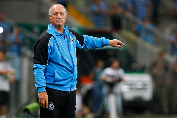 Luiz Felipe Scolari linked to vacant Peru coaching job