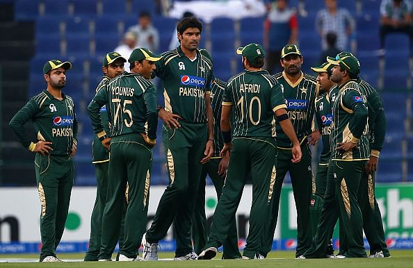 Pakistan cricketers banned from using social media during the World Cup