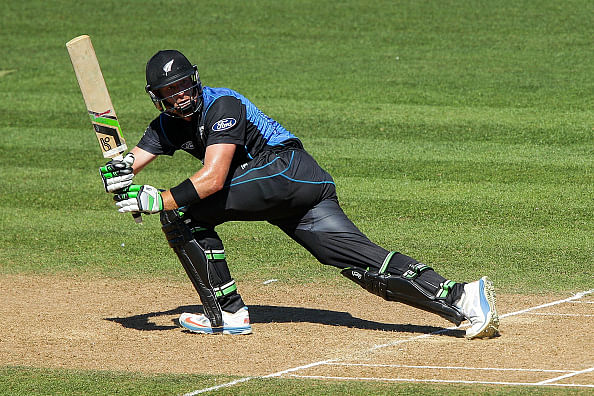 Weekend warmer: Martin Guptill icing on cake of very strong Derbyshire side