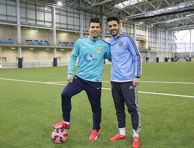 Video: Sergio Aguero and David Villa go head-to-head in blindfolded penalty shootout challenge