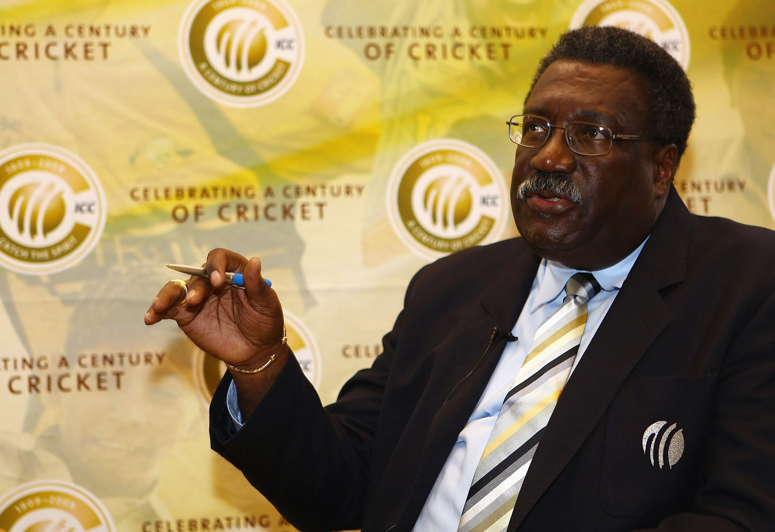 Clive Lloyd compares Chris Gayle to Sir Vivian Richards