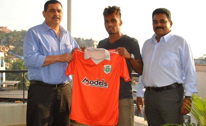 Talented Brandon Fernandes signs for Sporting Clube de Goa