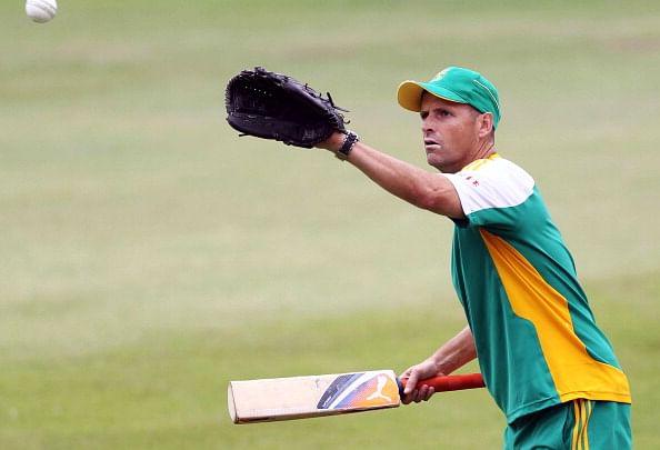 Gary Kirsten helping South Africa won't make a huge difference: Sunil Gavaskar