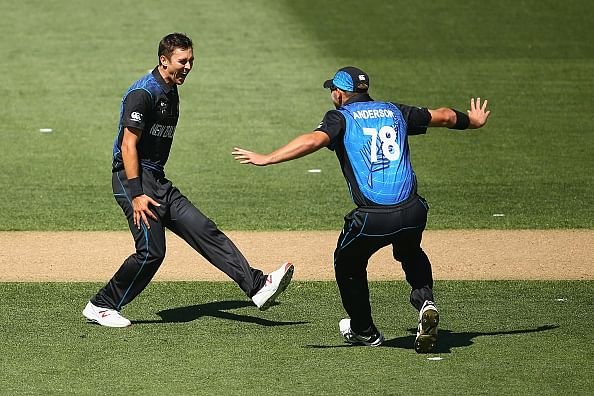 ICC World Cup 2015: New Zealand bowl out Australia for 151
