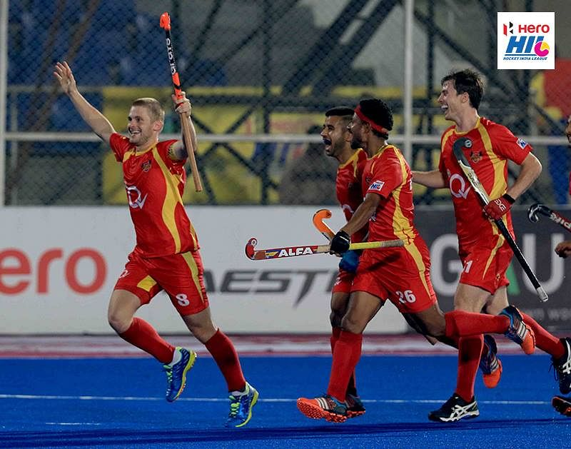 Ashley Jackson hat-trick fires Ranchi Rays to top of Hockey India League