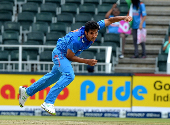 Reports: Mohit Sharma could replace injured Ishant Sharma in World Cup squad