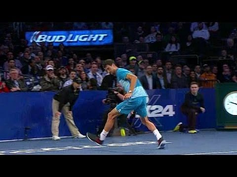Video: Roger Federer and Dimitrov hit back-to-back tweeners in exhibition match