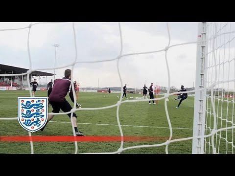 Video: Wayne Rooney, Danny Welbeck and Harry Kane try to beat Joe Hart in England training