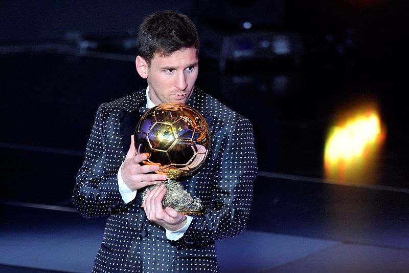8 photos that prove why Lionel Messi and his Ballon d\'Or trophies are BFFs